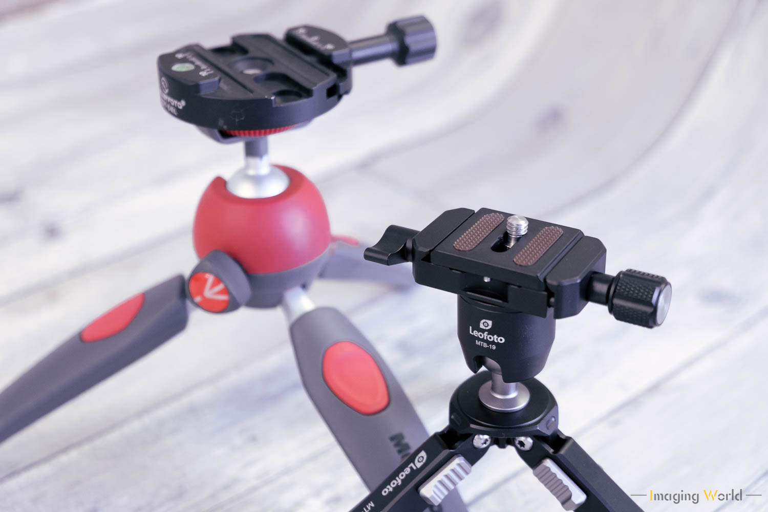 Manfrotto PIXI EVOより少し小ぶり